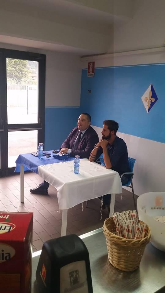 Luca Antonini Si Presenta Ai Tifosi Biancazzurri Del Prato