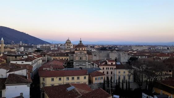 L'Istat fa la fotografia a Prato: popolazione stabile e quasi un residente su cinque è di origine straniera