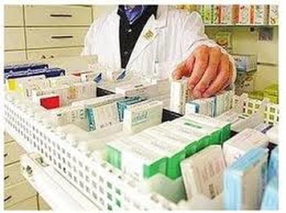 Il Covid pesa anche sui conti delle farmacie: dimezzato nel 2020 l'utile di PratoFarma