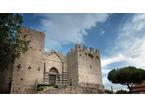 Festa della Toscana 2020, il Castello dell'Imperatore si illuminerà di bianco e rosso