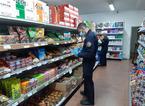 Vende prodotti importati illegalmente in Italia, maximulta e sequestro della merce in un supermercato
