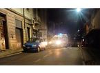 Travolto da un'auto mentre attraversa: soccorso in codice rosso un 56enne