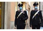 I carabinieri trovano sette clienti nel bar aperto in orario vietato
