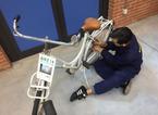 Gli studenti del Marconi regalano una delle loro bici recuperate alla studentessa derubata fuori dal Convitto
