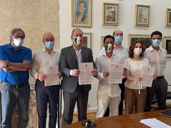 """Distretto tessile, Fratelli d'Italia lancia una proposta per """"la svolta"""" e chiede al sindaco Biffoni di farsene promotore"""