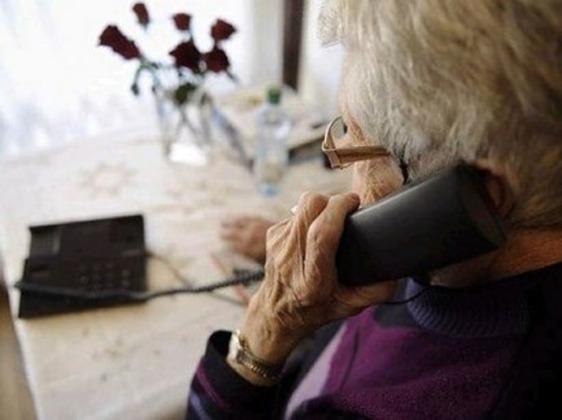 Tenta di raggirare un'anziana signora spacciandosi per incaricato dell'Unione ciechi
