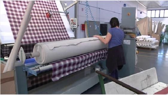 Agenzia per il lavoro seleziona 30 operai e apprendisti per il settore tessile