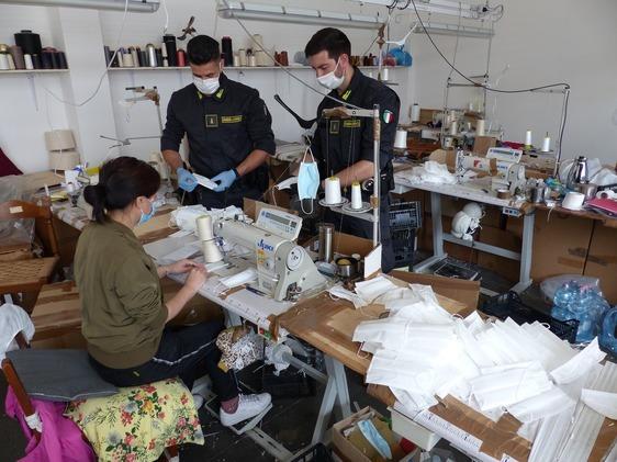 Truffa mascherine, confermato il sequestro di oltre 3 milioni di euro all'azienda cinese