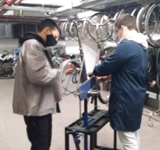 Dalla meccanica all'elettrico, il laboratorio I Bike costruirà anche bici a pedalata assistita