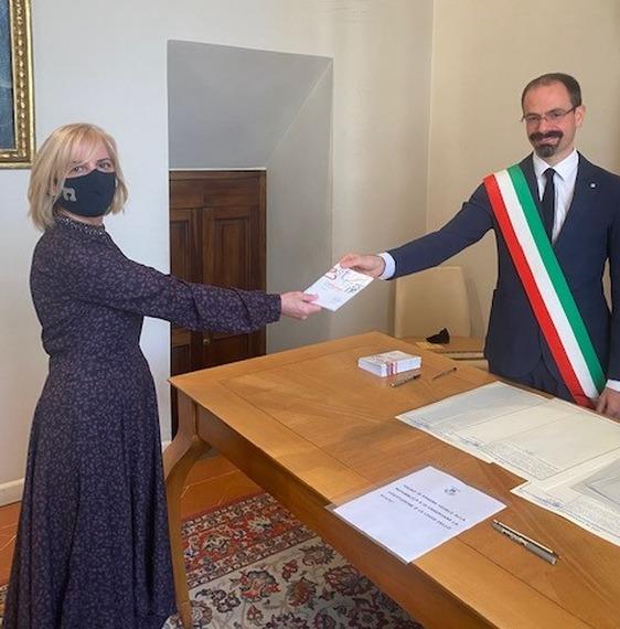 Torna in palazzo comunale la cerimonia per il conferimento della cittadinanza italiana