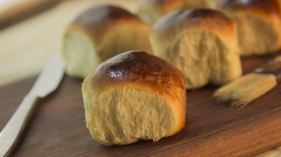 Laboratorio online per imparare a cucinare i panini di Sant'Antonio
