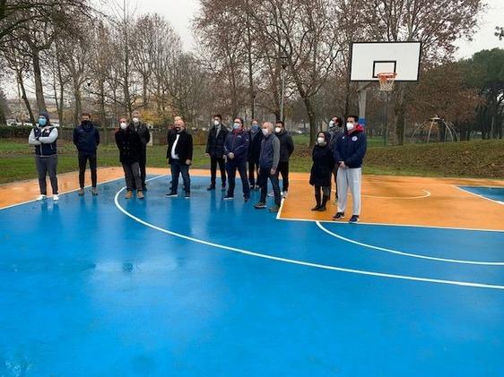 Pronto il campo di street basket in viale Montegrappa