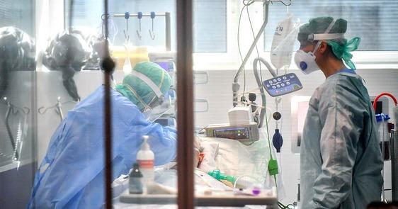 L'Asl aumenta i posti letto Covid sia al Santo Stefano sia all'ex Creaf in attesa di attivare la nuova ala nord dell'ospedale