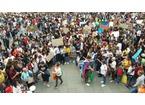In tremila in piazza per il primo Fridays for future pratese