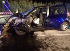 Muore a 21 anni schiantandosi con l'auto contro il cantiere stradale