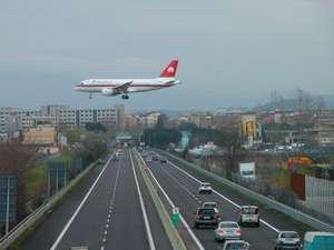 Risultati immagini per foto aeroporto di peretola